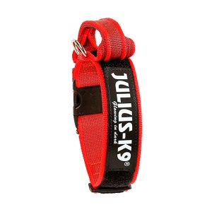 Rode halsband met extra borgsluiting